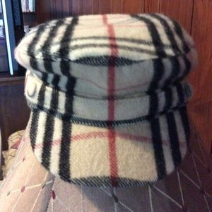 Burberry hat large
